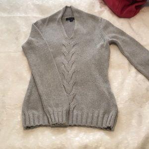 Banana Republic / Soft & Cozy Gray Sweater / XS